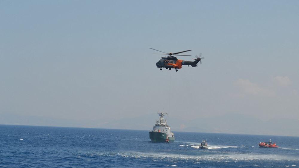 Σώοι περισυνελέγησαν οι 12 επιβαίνοντες θαλαμηγού που ημιβυθίστηκε βόρεια της Ίου