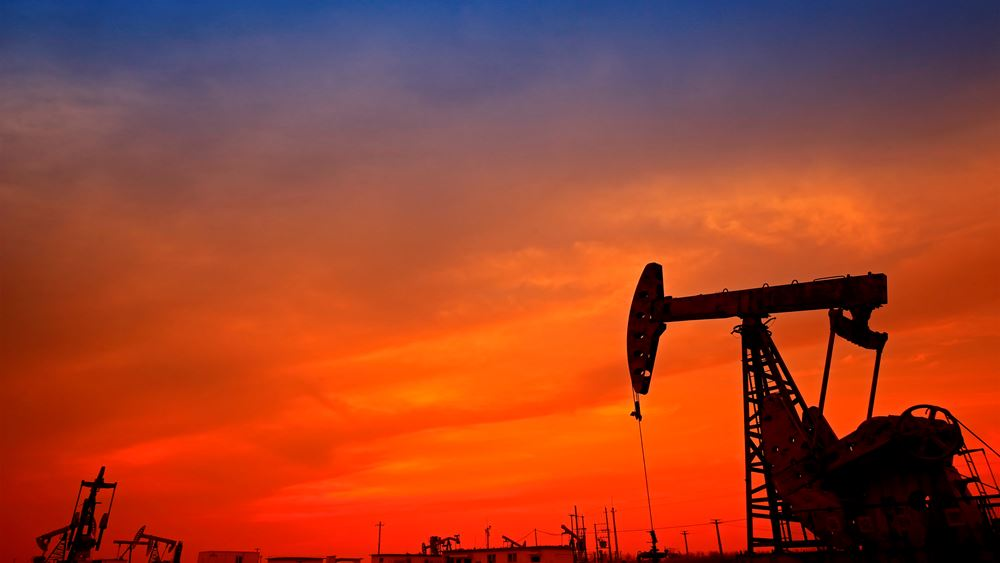 TotalEnergies: Αναμένει κατακόρυφη πτώση της ζήτησης πετρελαίου μετά το 2030