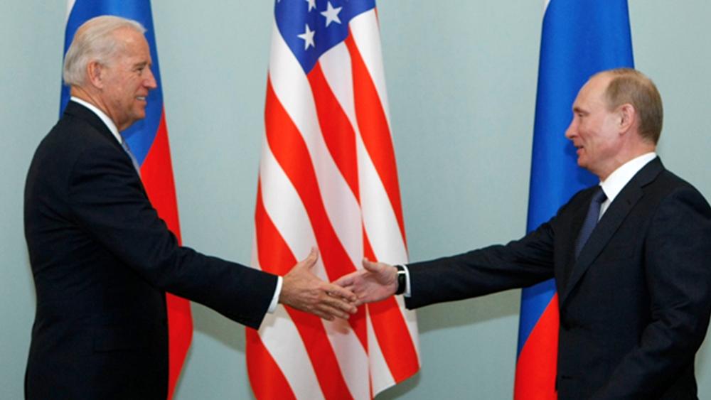 Reuters: Μεγάλες διαφωνίες, μικρές προσδοκίες από τη συνάντησηΜπάιντεν - Πούτιν