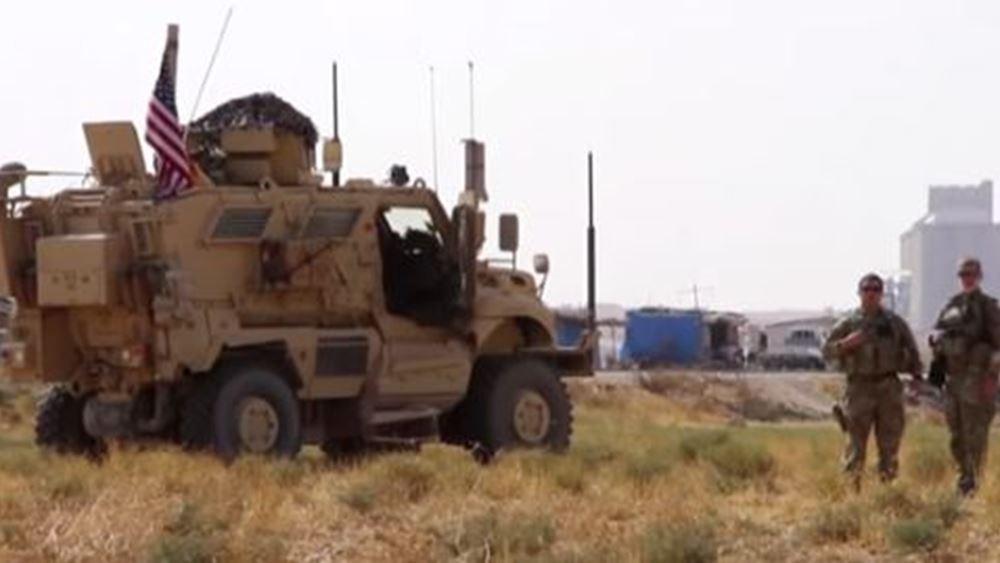 Αμερικανικά στρατεύματα διασχίζουν τα σύνορα του Ιράκ, στο πλαίσιο της αποχώρησής τους από τη Συρία