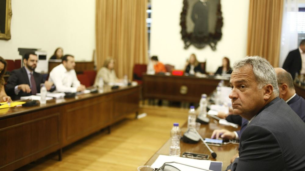 "Yπόθεση Πετσίτη: Στην Επιτροπή Θεσμών καλείται η επικεφαλής της Αρχής κατά του ""μαύρου"" χρήματος"