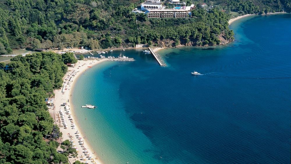 Συνεργασία της Ιεράς Μεγίστης Μονής Βατοπαιδίου με το Skiathos Palace Hotel