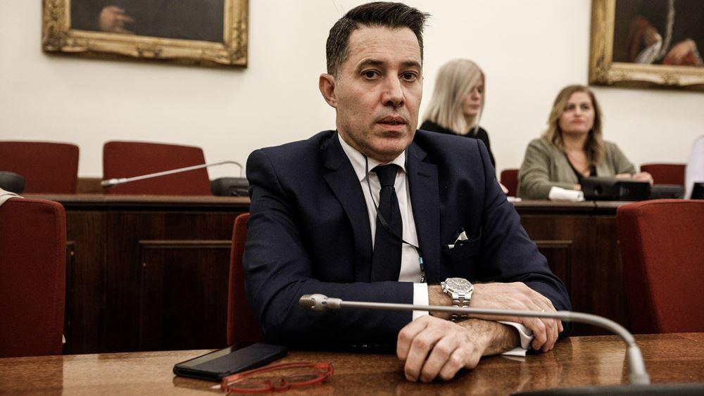 """Υπόθεση Novartis: Ο Μανιαδάκης κατονόμασε τους μάρτυρες με την """"κουκούλα"""""""