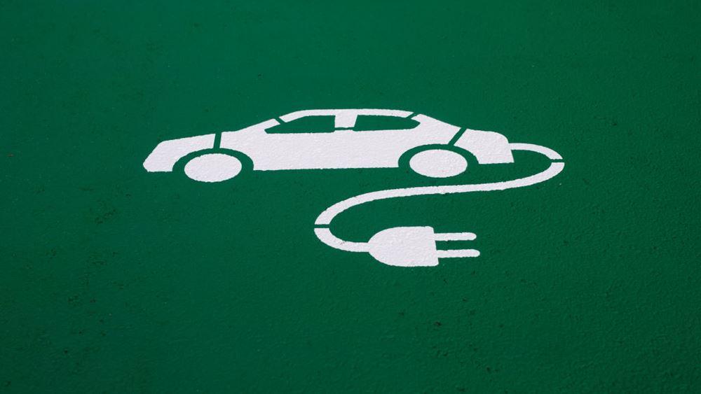 Η επίθεση στη Σαουδική Αραβία και τα ηλεκτρικά αυτοκίνητα
