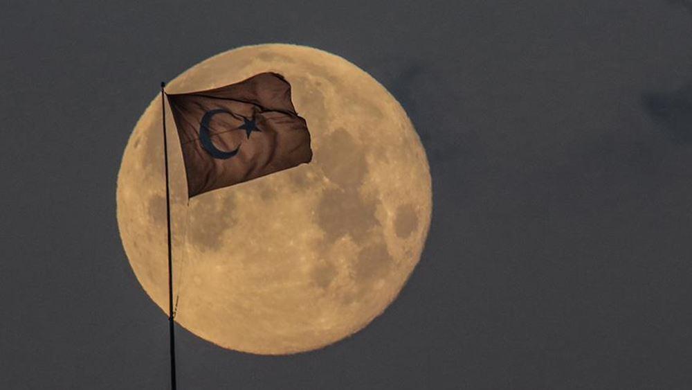Τουρκία: Σχεδιάζει να στείλει ρόβερ στη Σελήνη έως το 2030
