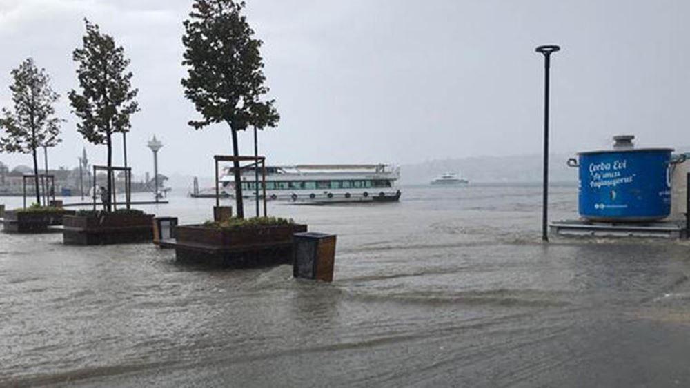 Φιλιππίνες: Χιλιάδες άνθρωποι απομακρύνθηκαν από τις εστίες τους λόγω ισχυρών βροχοπτώσεων