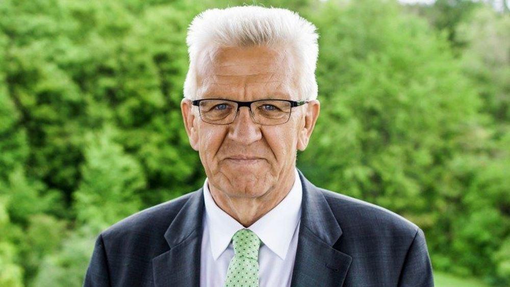 """Γερμανία-ανατροπή: Ο """"Πράσινος"""" Κρέτσμαν πιο δημοφιλής από τη Μέρκελ"""