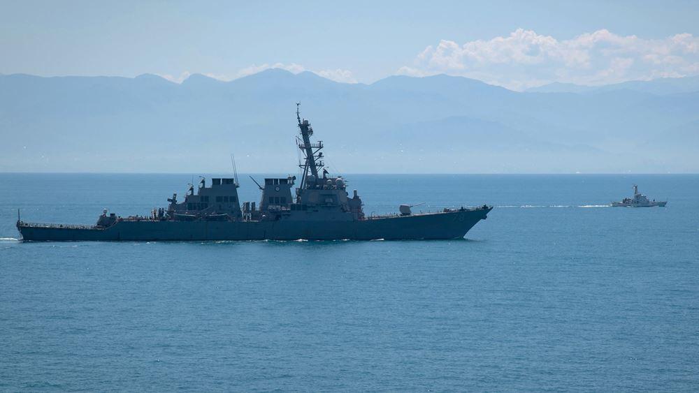 ΗΠΑ: Το Πολεμικό Ναυτικό προειδοποιεί με απόλυση όσουςδεν εμβολιαστούν
