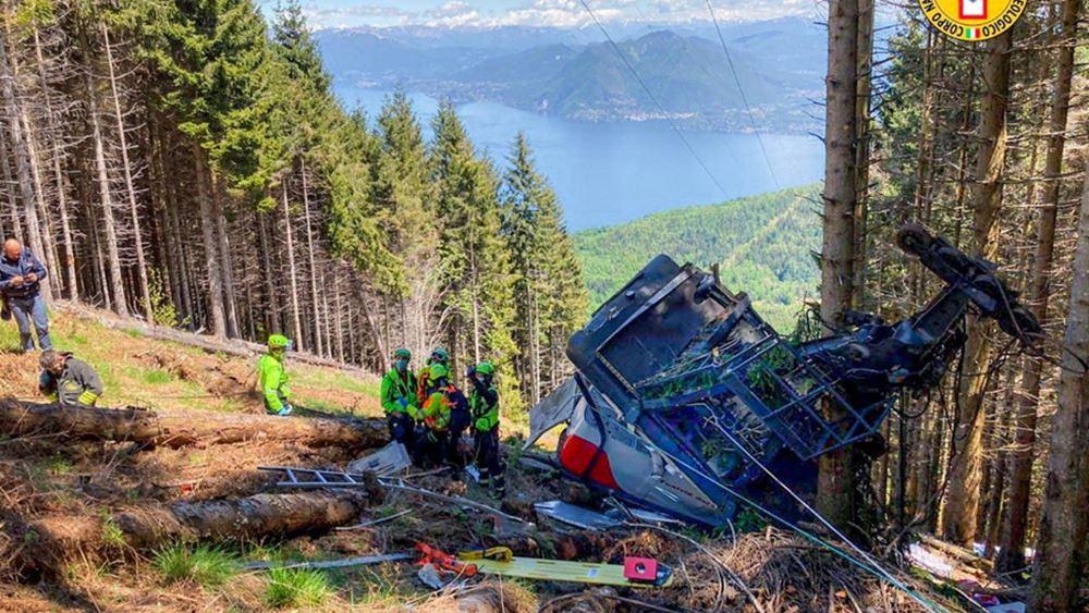Ιταλία: Εννέα οι νεκροί από την πτώση καμπίνας τελεφερίκ κοντά στη λίμνη Γκάρντα