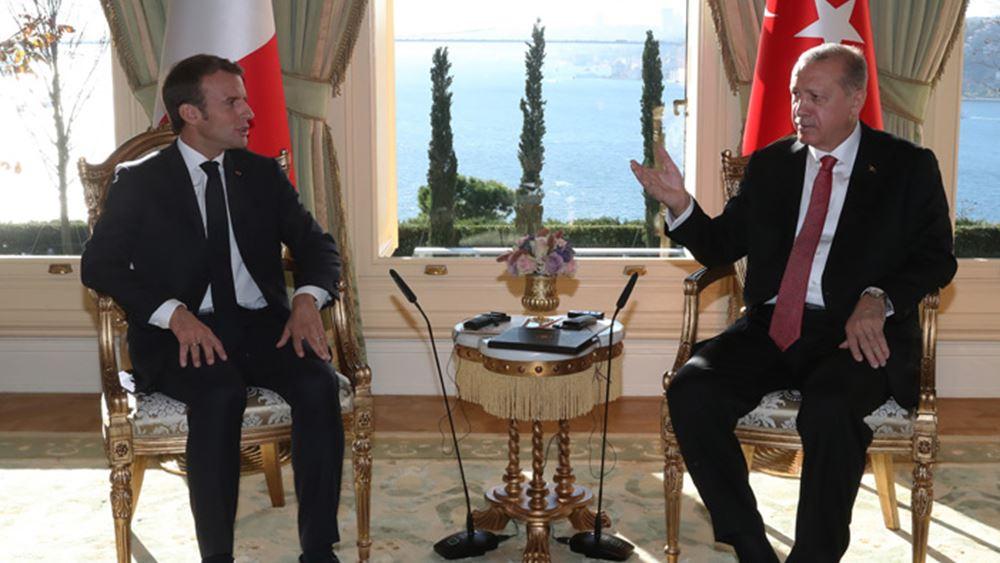 """Τι """"κρύβει"""" η συνομιλία Μακρόν-Ερντογάν"""