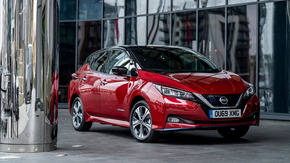 Μνημόνιο συνεργασίας στην Ευρώπη ανάμεσα σε Nissan και Uber