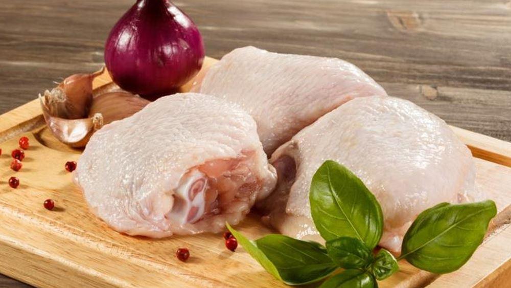 Η Δανία θανατώνει 25.000 κοτόπουλα αφότου εντόπισε κρούσματα γρίπης των πτηνών σε αγρόκτημα