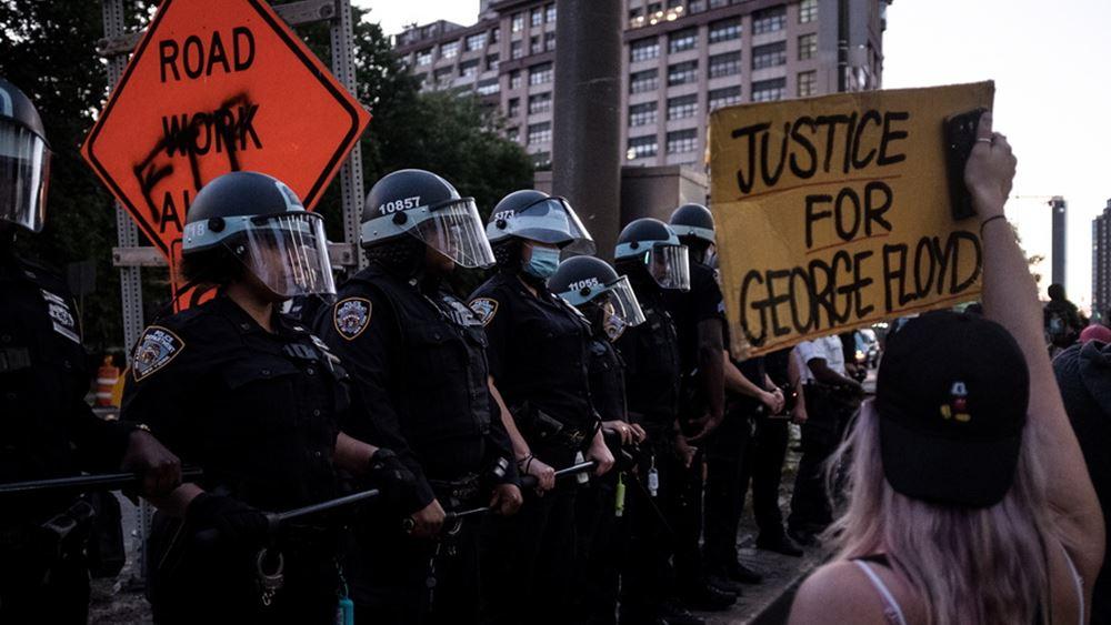 ΗΠΑ: Σε συναγερμό πολλές πόλεις υπό τον φόβο ταραχών ενόψει της απόφασης για τη δολοφονία του Τζ. Φλόιντ