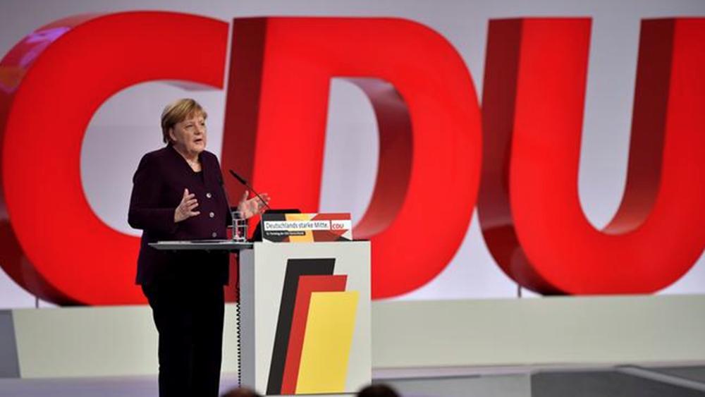 Μέρκελ στο συνέδριο της CDU: Εύχομαι να ληφθούν οι σωστές αποφάσεις για το μέλλον