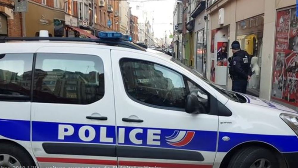 Συναγερμός στην Λιλ της Γαλλίας - Αυτοκίνητο με φιάλες αγνώστου περιεχομένου κοντά σε στρατιωτικό νοσοκομείο