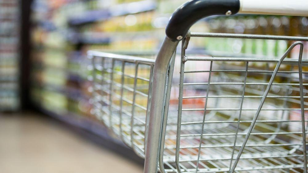 """Τα σούπερ μάρκετ """"κλέβουν"""" τζίρο για να επιβιώσουν"""