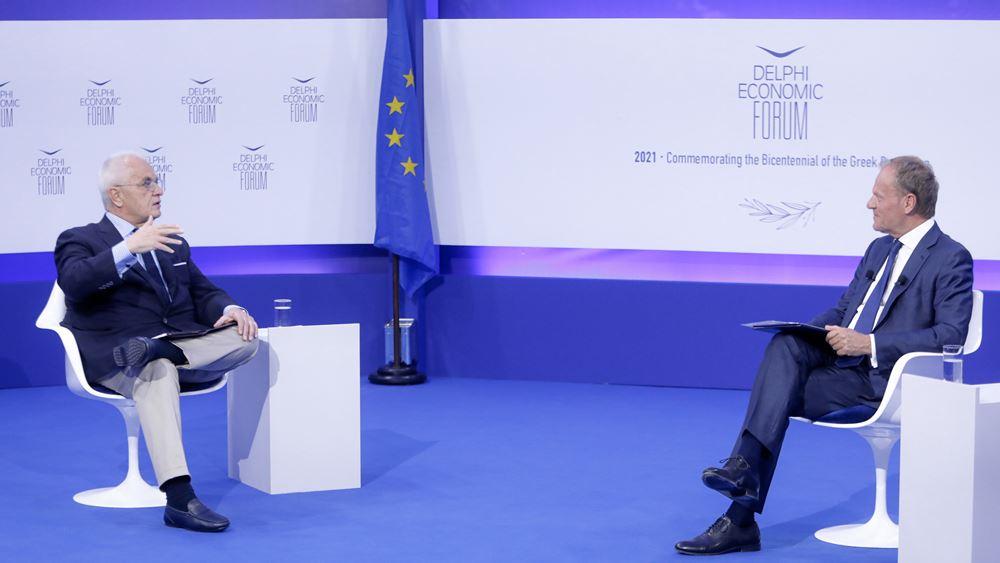 Ντ. Τουσκ: Εγρήγορση για την προάσπιση της δημοκρατίας