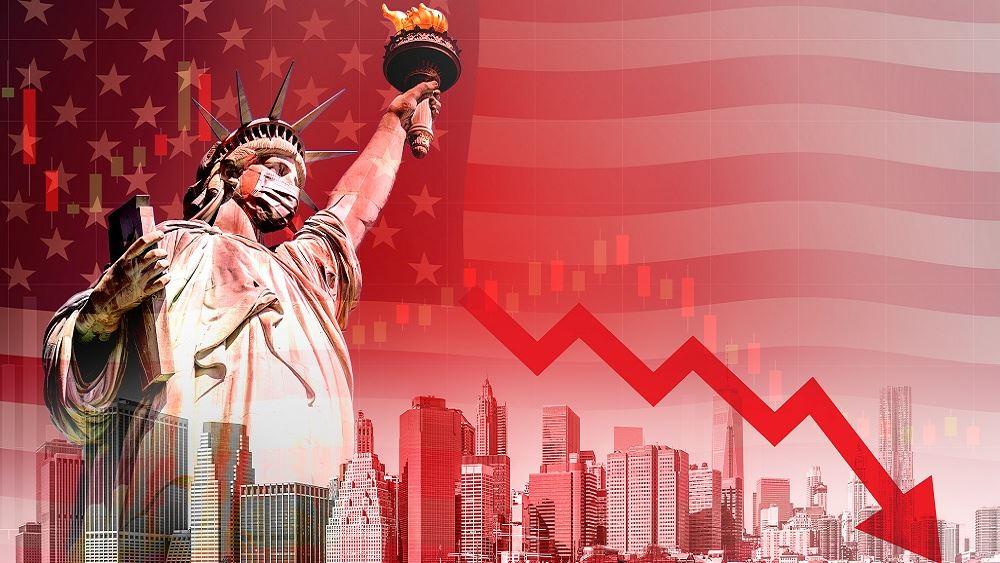 ΗΠΑ: Το δεύτερο κύμα της πανδημίας σπρώχνει τη χώρα σε ύφεση