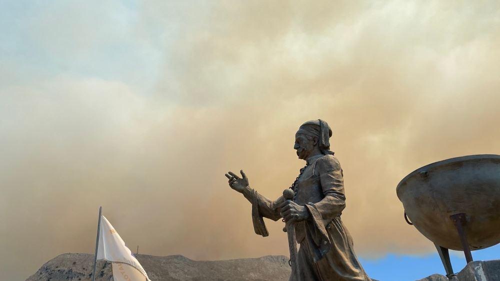 Βελτιωμένη η εικόνα της φωτιάς στη Μάνη