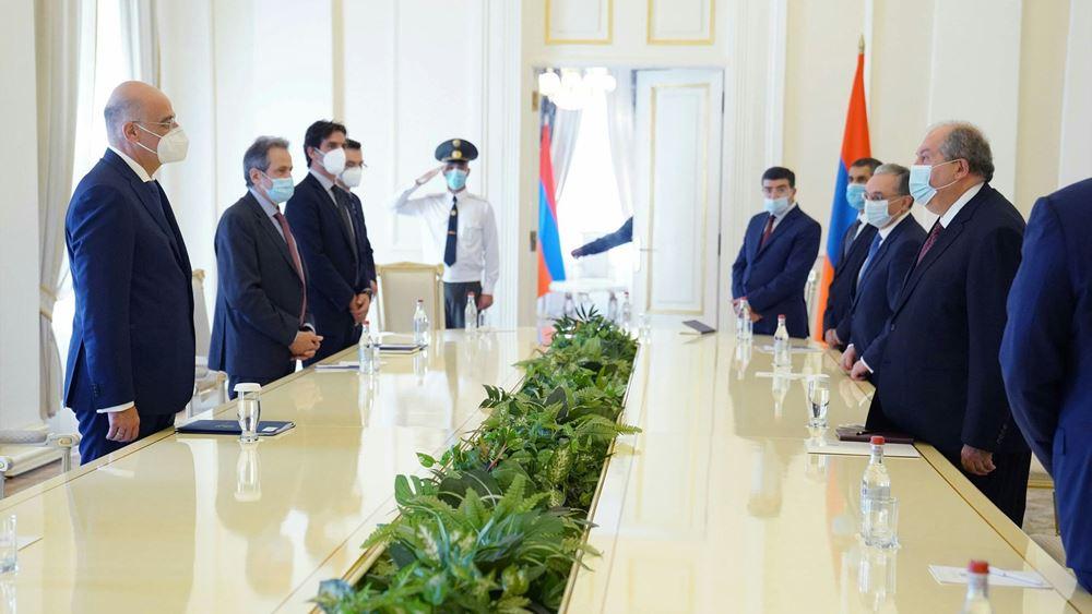 Συναντήσεις Ν. Δένδια με πρόεδρο και πρωθυπουργό της Αρμενίας στο Ερεβάν