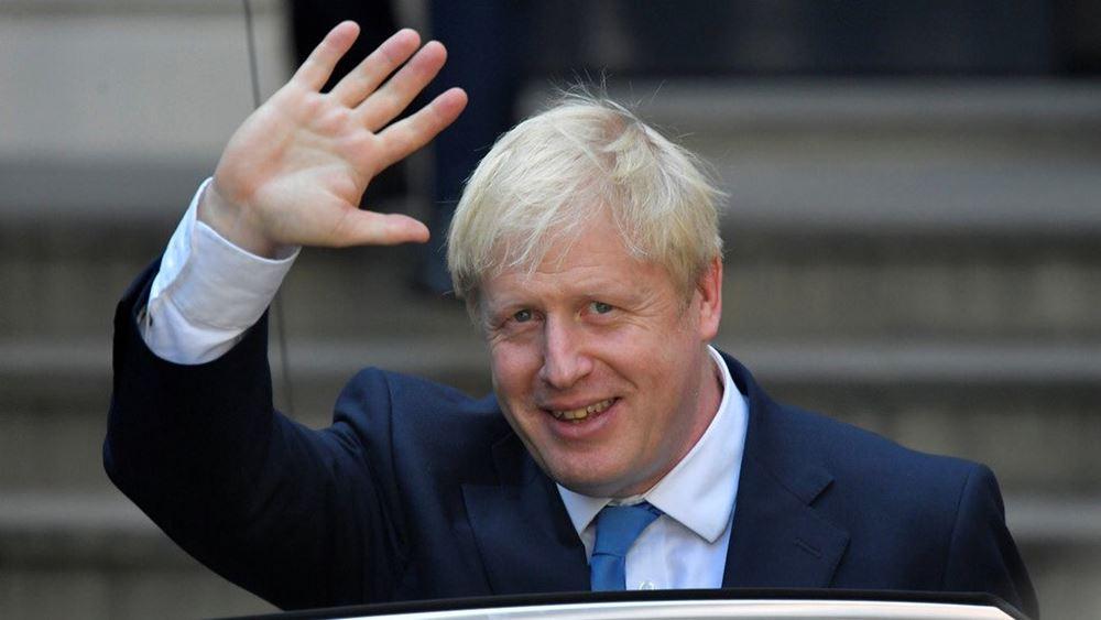 Τζόνσον: Το Λονδίνο θα χαλαρώσει τους μεταναστευτικούς κανονισμούς για τους επιστήμονες