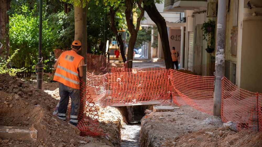 Αποκατάσταση πεζοδρομίων και περιβαλλοντική αναβάθμιση σε 410 δρόμους της Αθήνας
