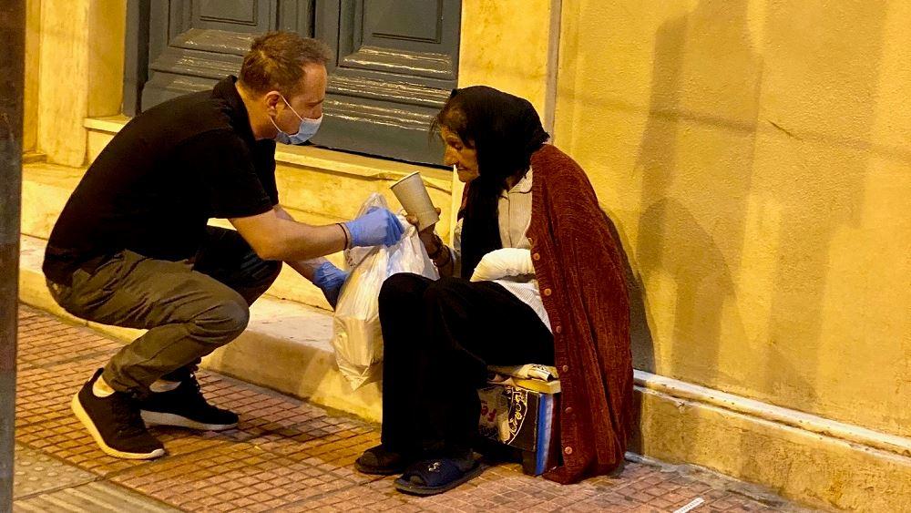 Η «ΑΠΟΣΤΟΛΗ» δίπλα στους αστέγους εν μέσω κορονοϊού