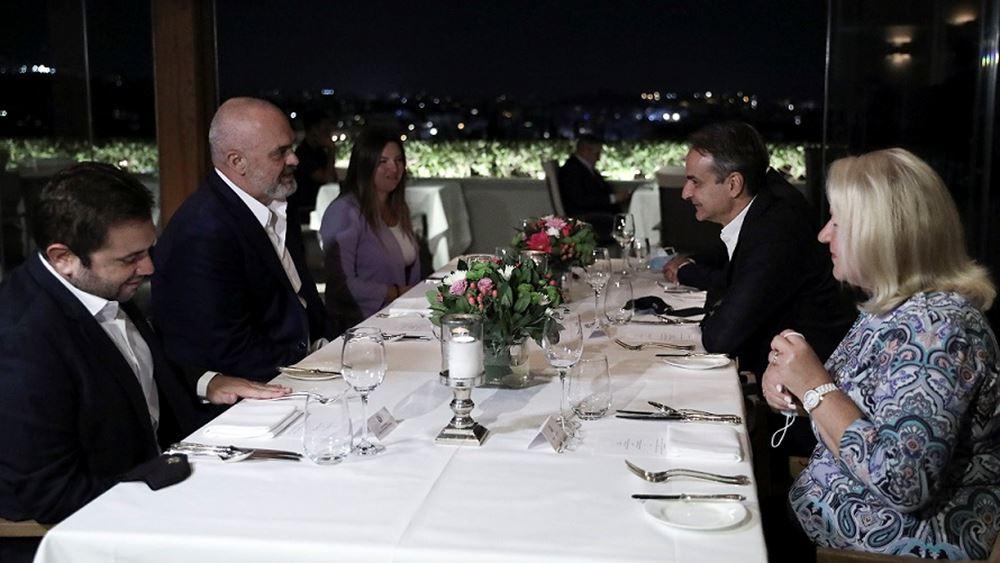 Τι συζητήθηκε στο δείπνο Μητσοτάκη-Ράμα