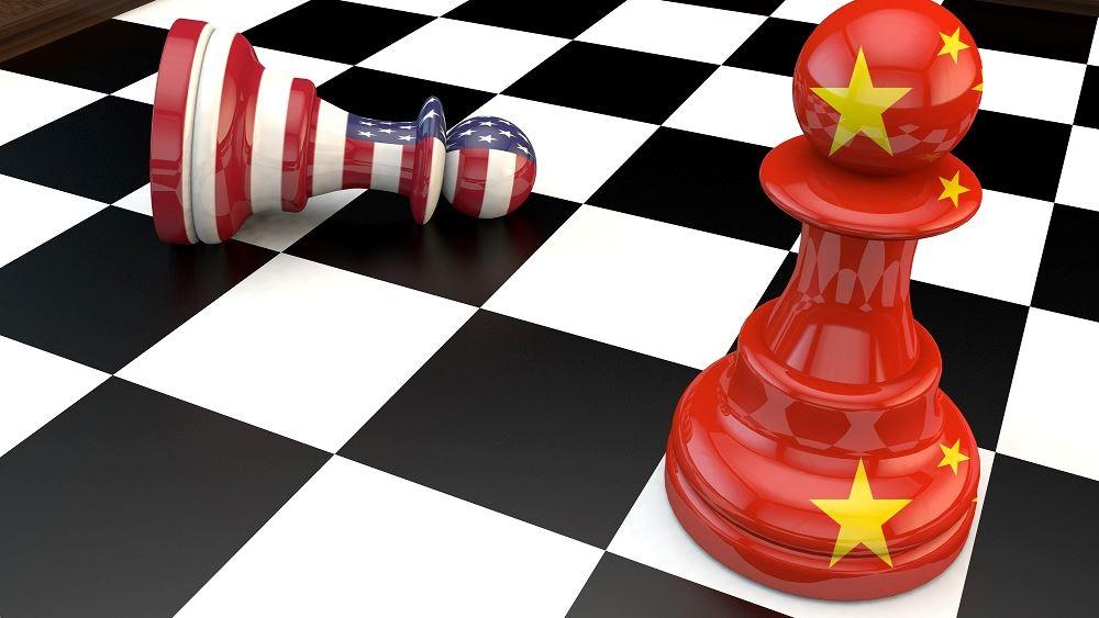 """Η Ε.Ε. """"επιτήδειος ουδέτερος"""" στον εμπορικό πόλεμο ΗΠΑ-Κίνας"""