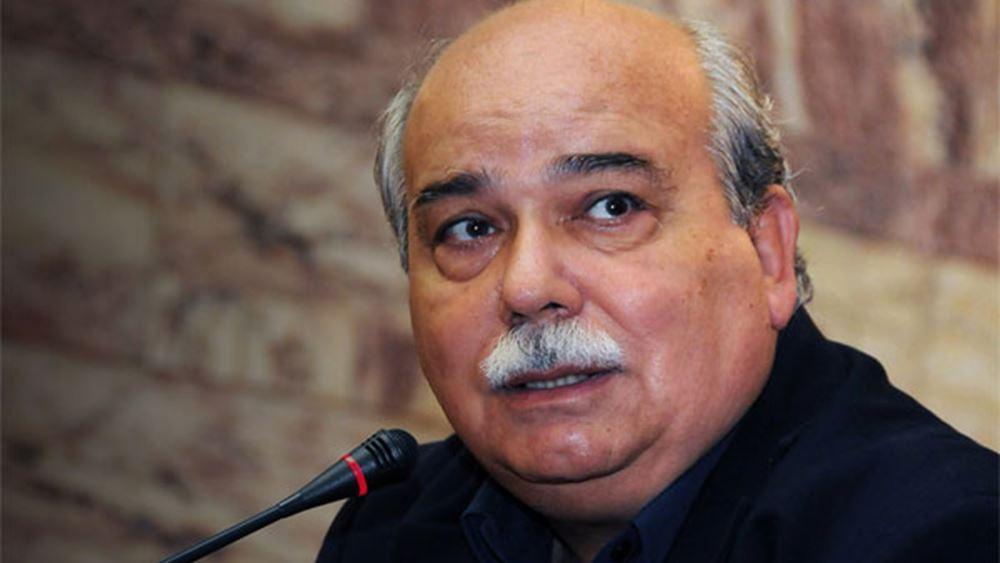 """Βούτσης: """"Ακτιβισμός"""" η είσοδος του Ρουβίκωνα στη Βουλή"""
