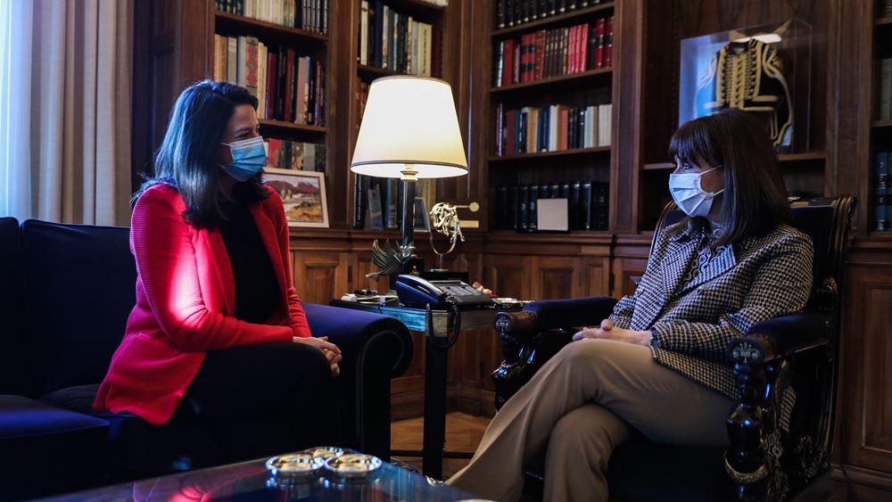 Με την Πρόεδρο της Δημοκρατίας συναντήθηκε η Υπ. Παιδείας Ν. Κεραμέως