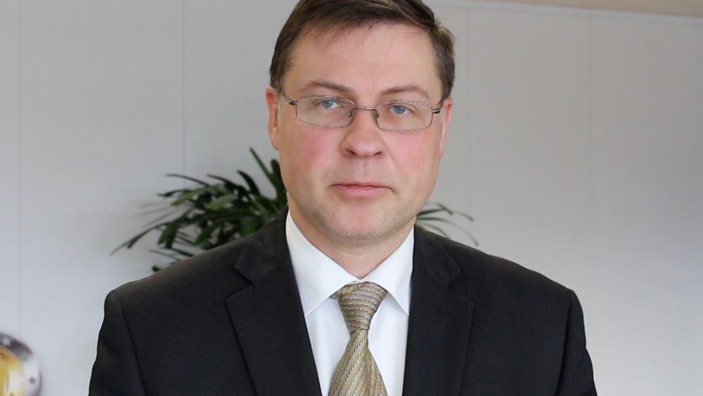 Β.  Ντομπρόβσκις: Η οικονομική ανάπτυξη της Ευρωπαϊκής Ένωσης επιβραδύνεται