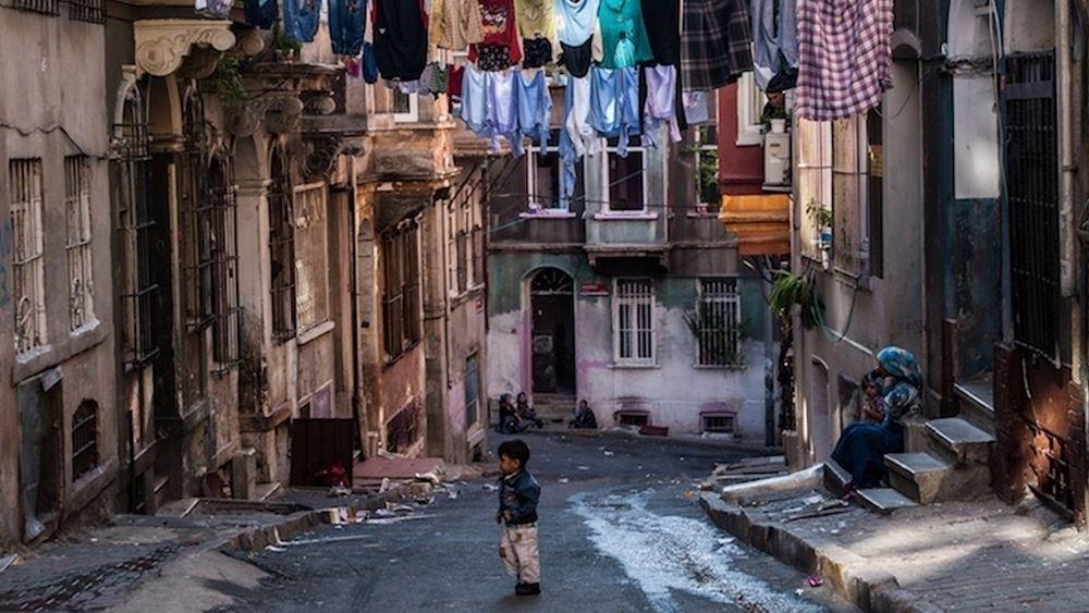 Ένωση Δημοσίων Υπαλλήλων Τουρκίας: Σχεδόν 60 εκατ. Τούρκοι πολίτες ζουν με χρέη!