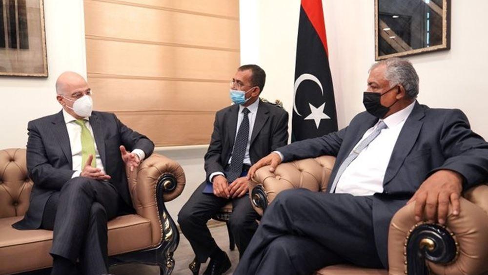 Στη Βεγγάζη ο Ν. Δένδιας - Συνάντηση με τον αναπλ. πρωθυπουργό της Λιβύης