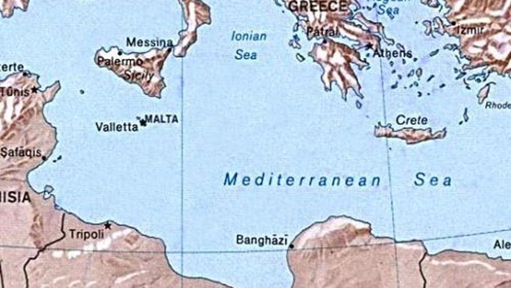 """Τα εθνικά θέματα """"τρέχουν"""" ερήμην της Αθήνας"""