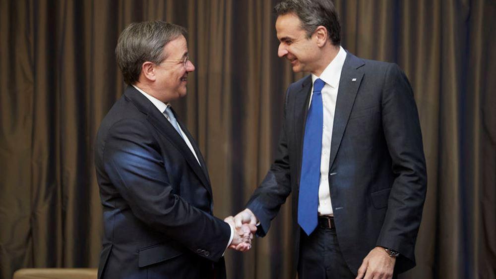 Η αποτίμηση της Αθήνας για τις συναντήσεις Μητσοτάκη με παράγοντες της γερμανικής οικονομίας