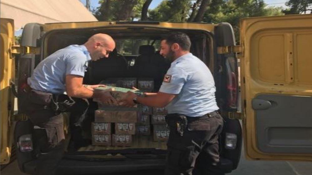 2.500 μπουκάλια νερού και χυμούς στους πυροσβέστες στην Εύβοια από το δήμο Αθηναίων