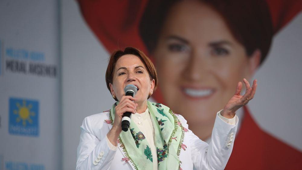 """Η Μεράλ Ακσενέρ """"δίνει"""" 3 δισ. ευρώ στην Αυστρία για να πάρει τους Αφγανούς από το έδαφος της Τουρκίας"""