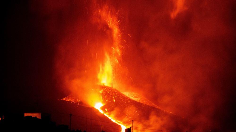 Ισπανία: Ποτάμια λάβας ρέουν από το ηφαίστειο της Λα Πάλμα