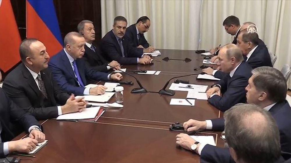 Τσαβούσογλου: Ίσως υπάρξει συνάντηση Ερντογάν-Πούτιν για το Ιντλίμπ