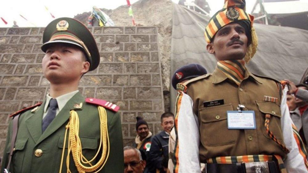 """Ανεβαίνει το """"θερμόμετρο"""" στα Ιμαλάια: Είκοσι Ινδοί στρατιώτες νεκροί από μάχες με Κινέζους"""
