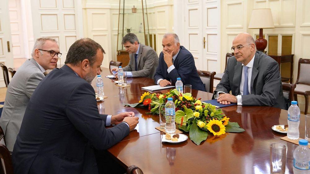 Συνάντηση Ν. Δένδια με τον επικεφαλής του Διεθνούς Οργανισμού Μετανάστευσης, στην Ελλάδα
