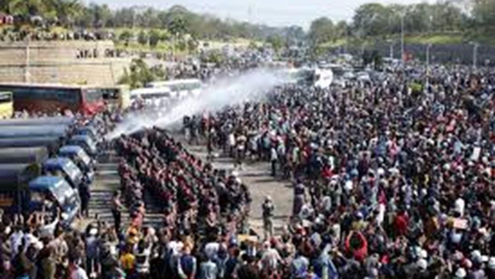 Μιανμάρ: Η αστυνομία πραγματοποίησε την μεγαλύτερη επιχείρηση καταστολής