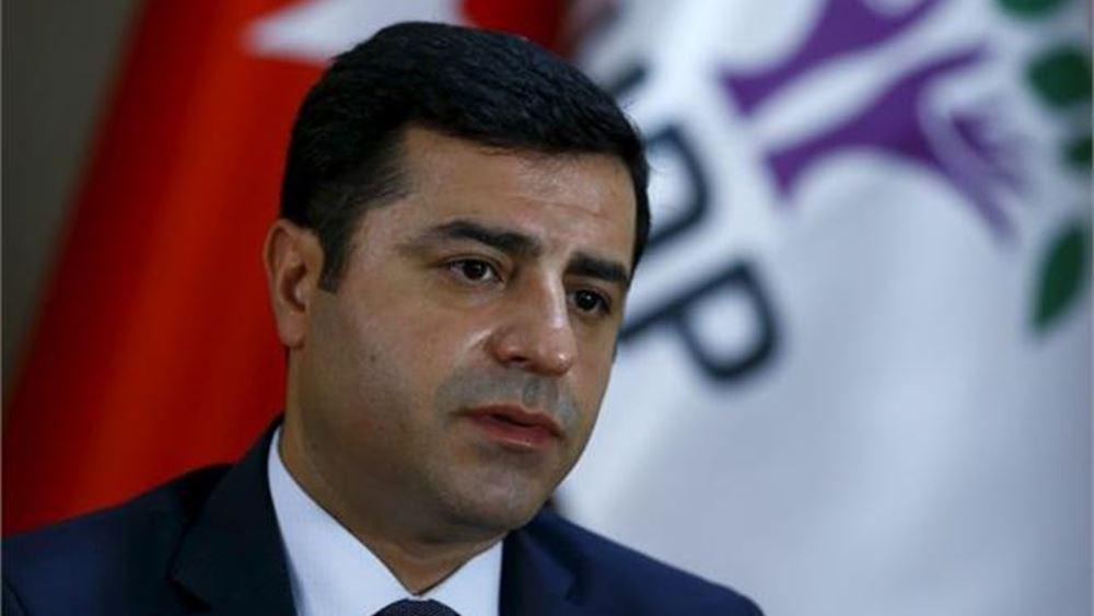 Συνταγματικό Δικαστήριο: Η παρατεταμένη κράτηση του πρώην επικεφαλής του Σελαχατίν Ντεμιρτάς παραβιάζει τα δικαιώματά του