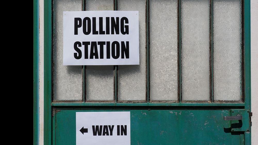 Βρετανία: Σημαντική η συμμετοχή στις κάλπες