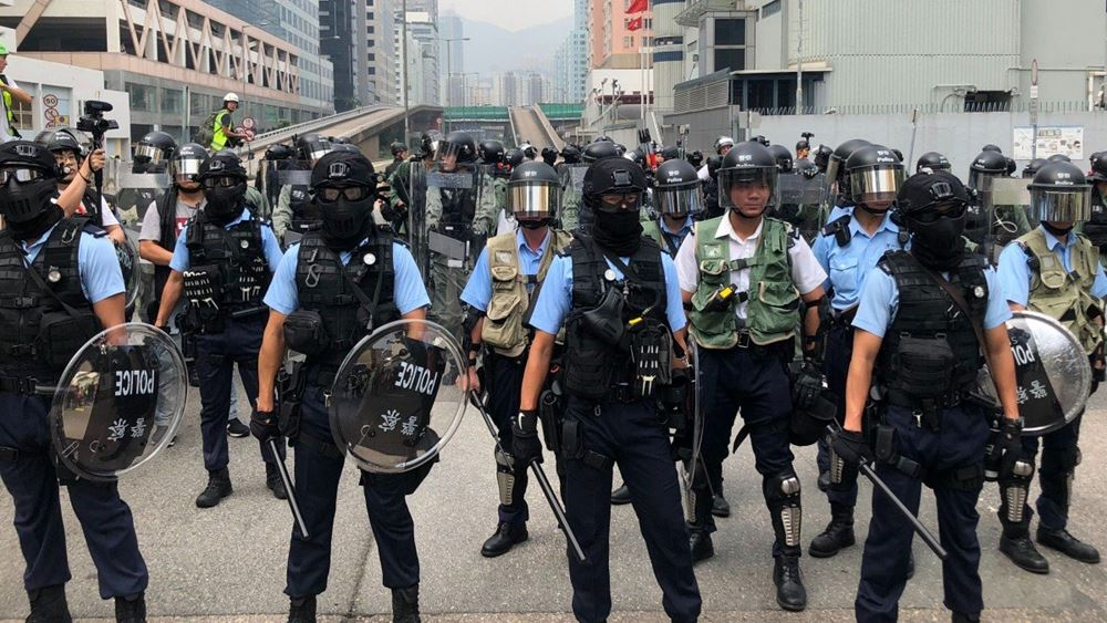 Χονγκ Κονγκ: Χρήση σπρέι πιπεριού από τις αστυνομικές δυνάμεις κατά των διαδηλωτών