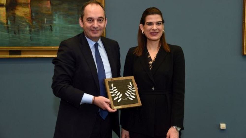 Συνάντηση Πλακιωτάκη με την υφ. Ναυτιλίας της Κύπρου, στην ατζένα η θαλάσσια επανασύνδεση των δύο χωρών