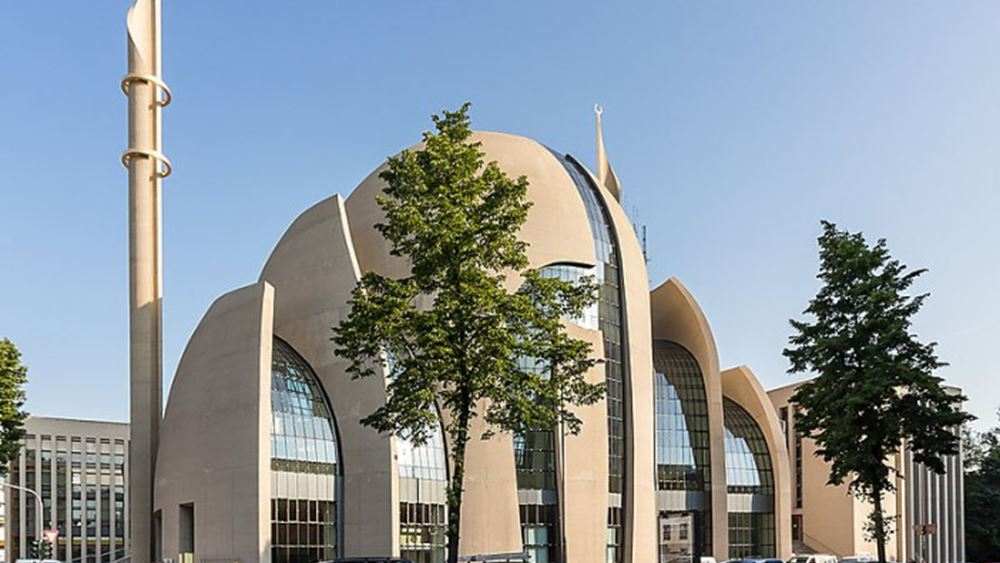 Γερμανία: Οι μουεζίνες στην Κολωνία επιτρέπεται να καλούν για την προσευχή της Παρασκευής