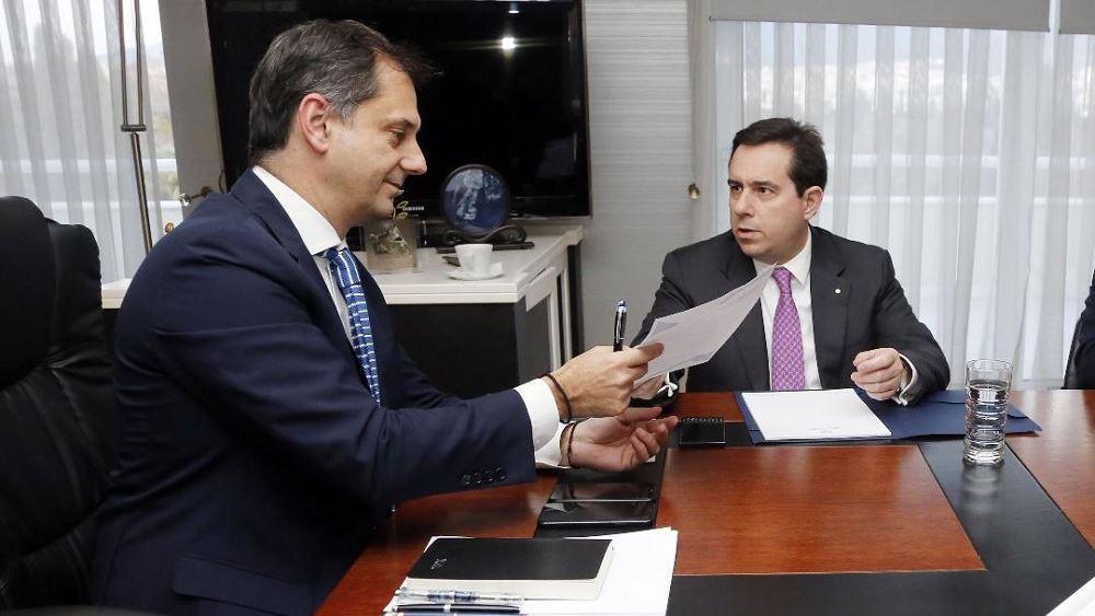 Συνάντηση Χ. Θεοχάρη με Ν. Μηταράκη με θέμα την τουριστική προβολή των νησιών