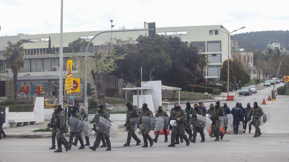 Συνελήφθησαν 16 από τους 33 προσαχθέντες κατά την επιχείρηση της ΕΛ.ΑΣ. στο ΑΠΘ